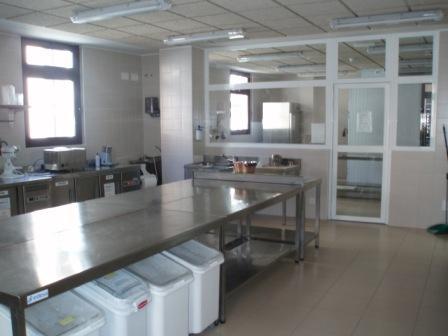 Cifp la flora for Organizacion y limpieza del equipo de trabajo en la cocina